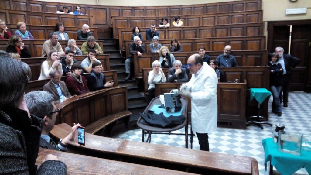 Vittorio Marchis, Autopsia di una macchina del caffé; fase dell'autopsia